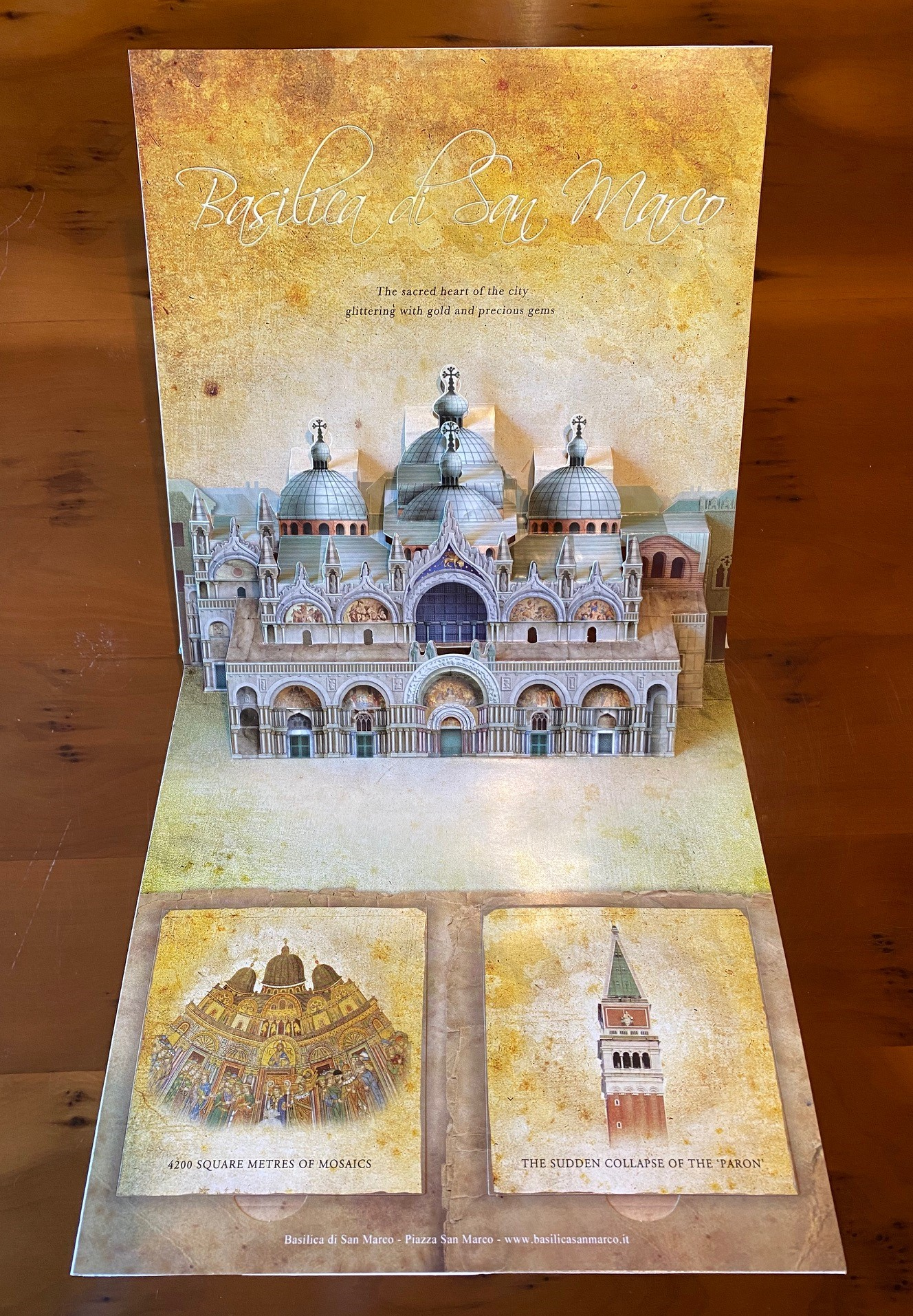 PAPER ENGINEERING AND ART WORK BY DARIO CESTARO AND PAOLA ZOFFOLI - The Treasures of Venice Pop-Up Book