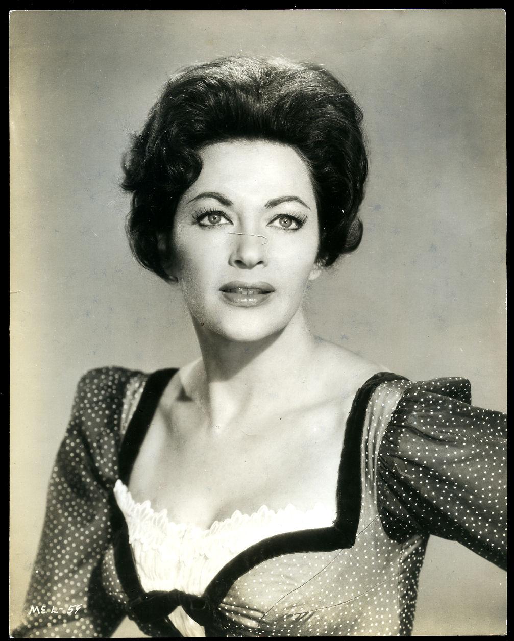 Molly Stanton,Lolita Rodriguez (1935?016) Hot pics Kiara Kabukuru,Michele Ragusa